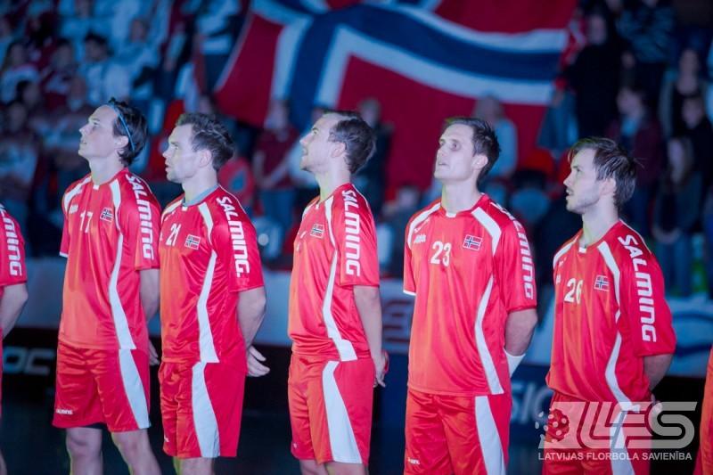 Līdzvērtīgā cīņā zaudēts norvēģiem