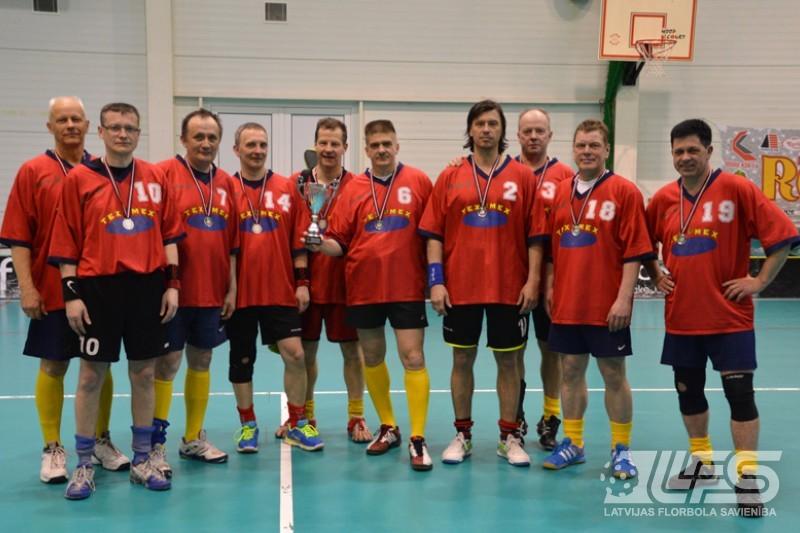 """Veterānu (45+) čempionātā uzvar """"KURVIDZEM"""""""