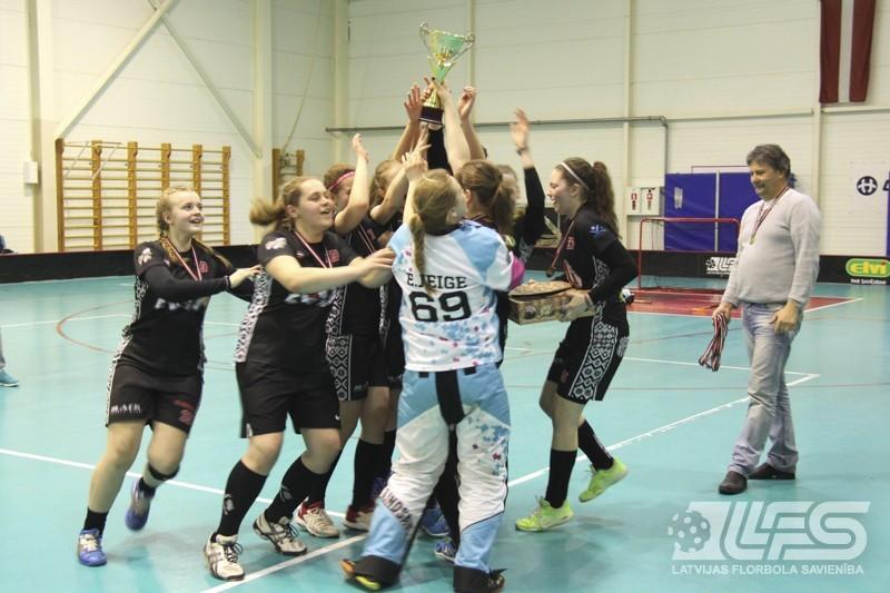 """MU18 grupā par čempioni kļūst """"Ķekavas Bulldogs"""""""