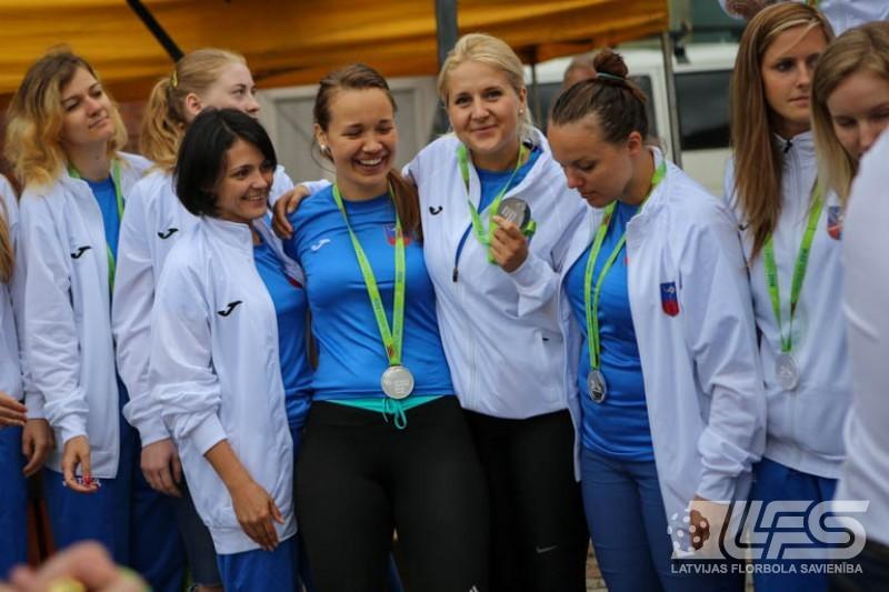 Olimpiādes florbola turnīra uzvarētāju apbalvošana