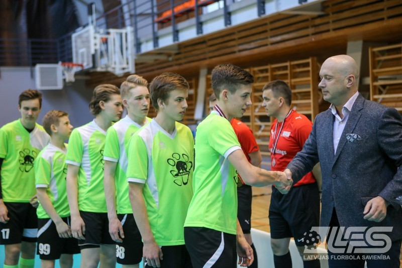 """Grupas U16 2. divīzijā bronzu izcīna """"Babīte"""""""