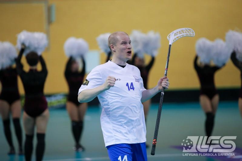 """Latvija četrās minūtēs salauž Islandi un atstāj to """"sausā"""""""