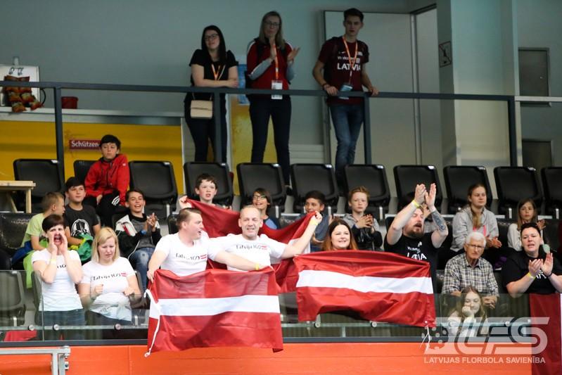 Latvietes sakauj arī Austrijas izlasi un uzvar apakšgrupā
