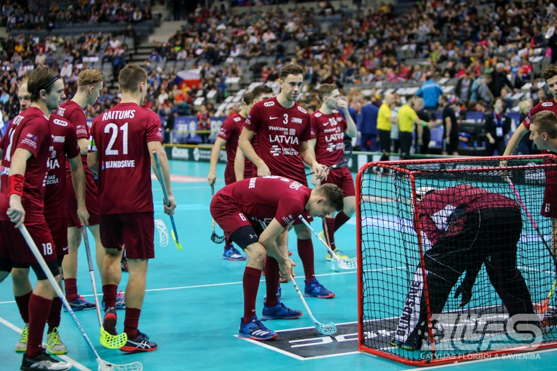 """Pret slovākiem """"izšauj"""" jaunie – Latvija atgriežas pasaules TOP-8"""