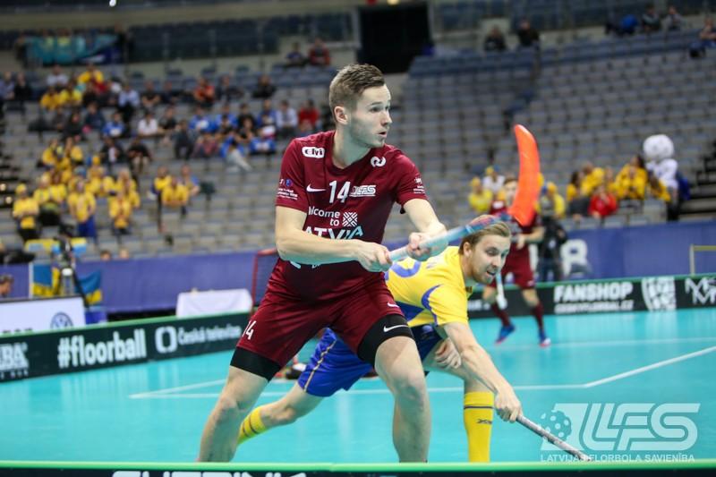 Pret čempionāta favorītiem zviedriem tikai goda vārti