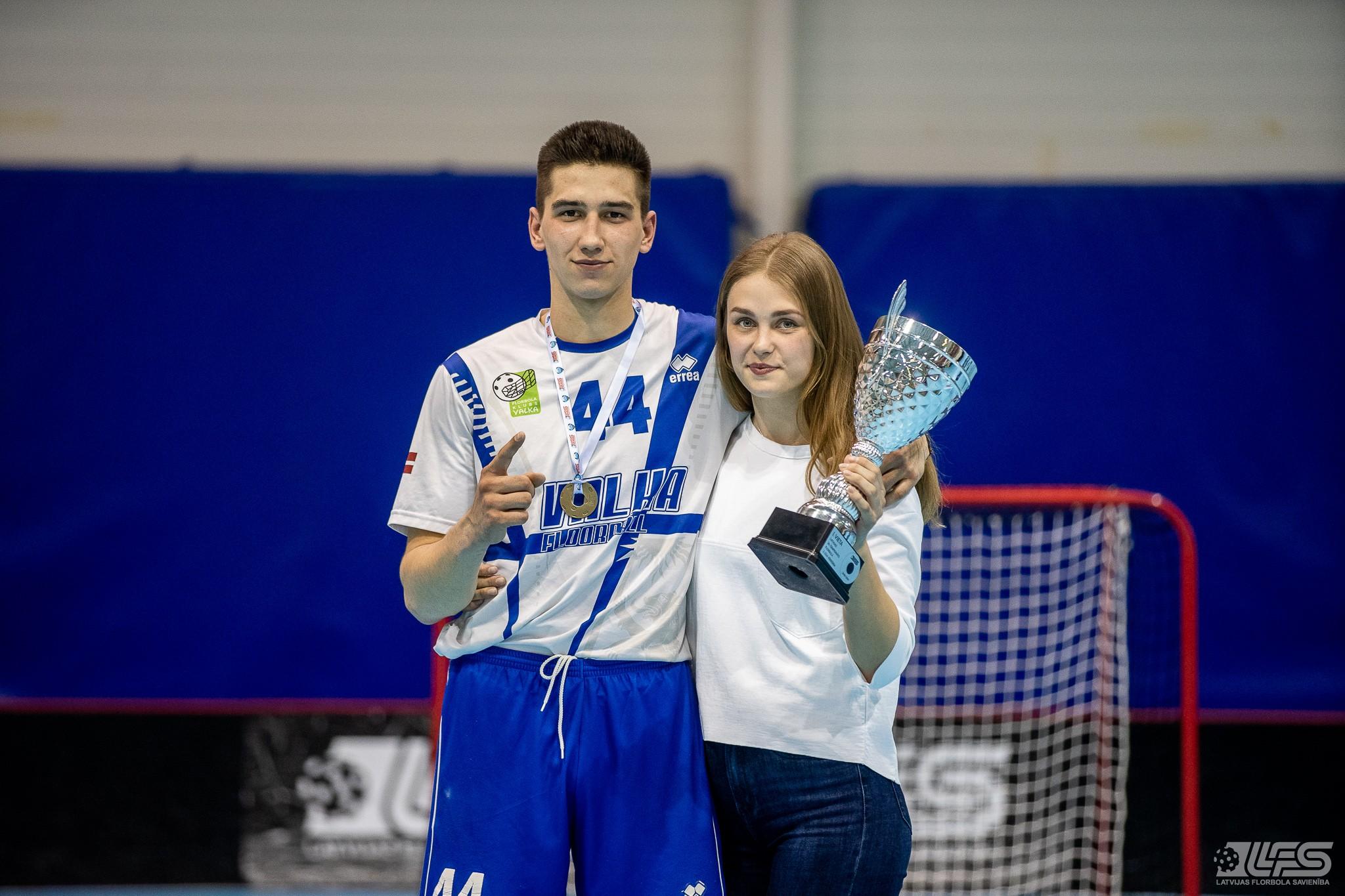 "FK ""Valka"" – 2. līgas čempione, vicečempiones godā FK ""Jūrmala"""