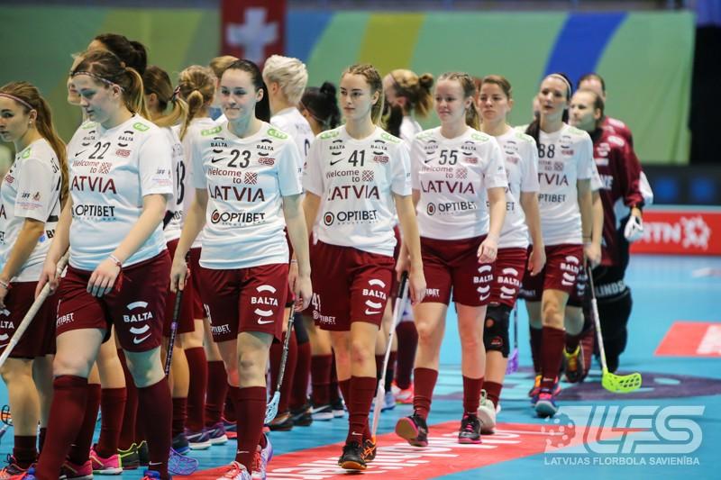 Latvijas izlase līdzvērtīgā cīņā piekāpjas slovākietēm