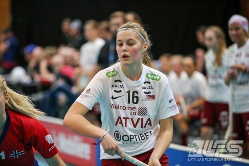 Latvietes uzvar Norvēģiju un iekļūst pasaules labāko astotniekā