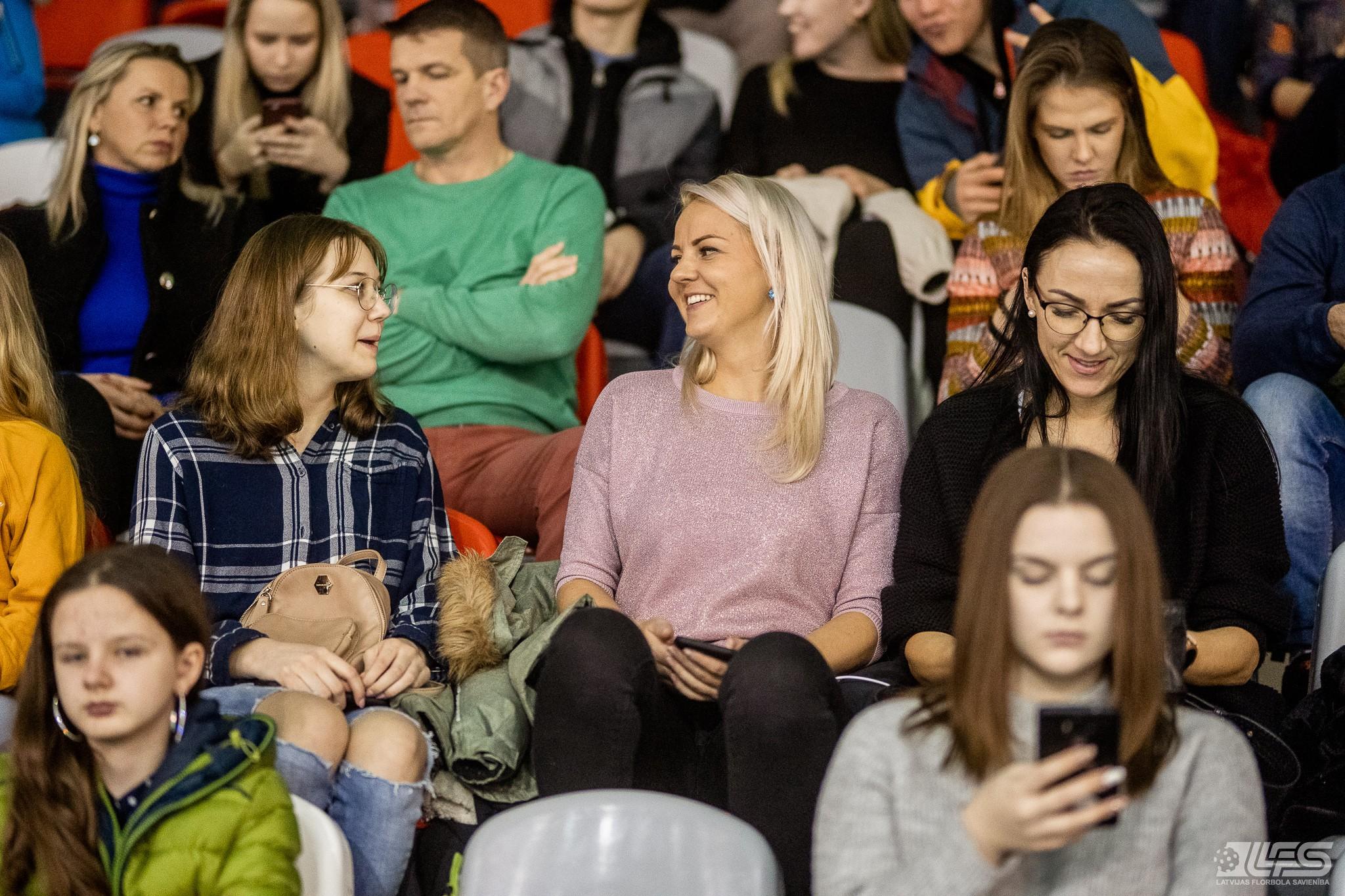 """""""Lekrings"""" viesos uzvar """"Valmieru"""" un kļūst par līderi"""