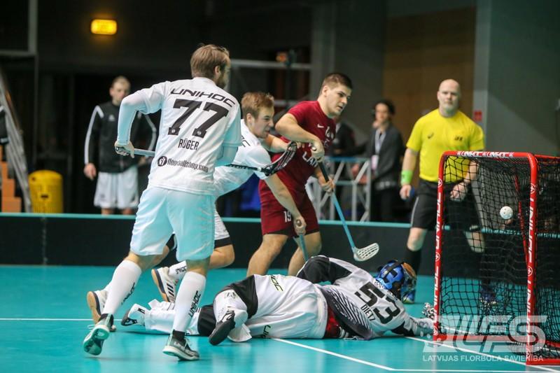 Latvija sakauj Vāciju un dosies uz pasaules čempionāta finālturnīru