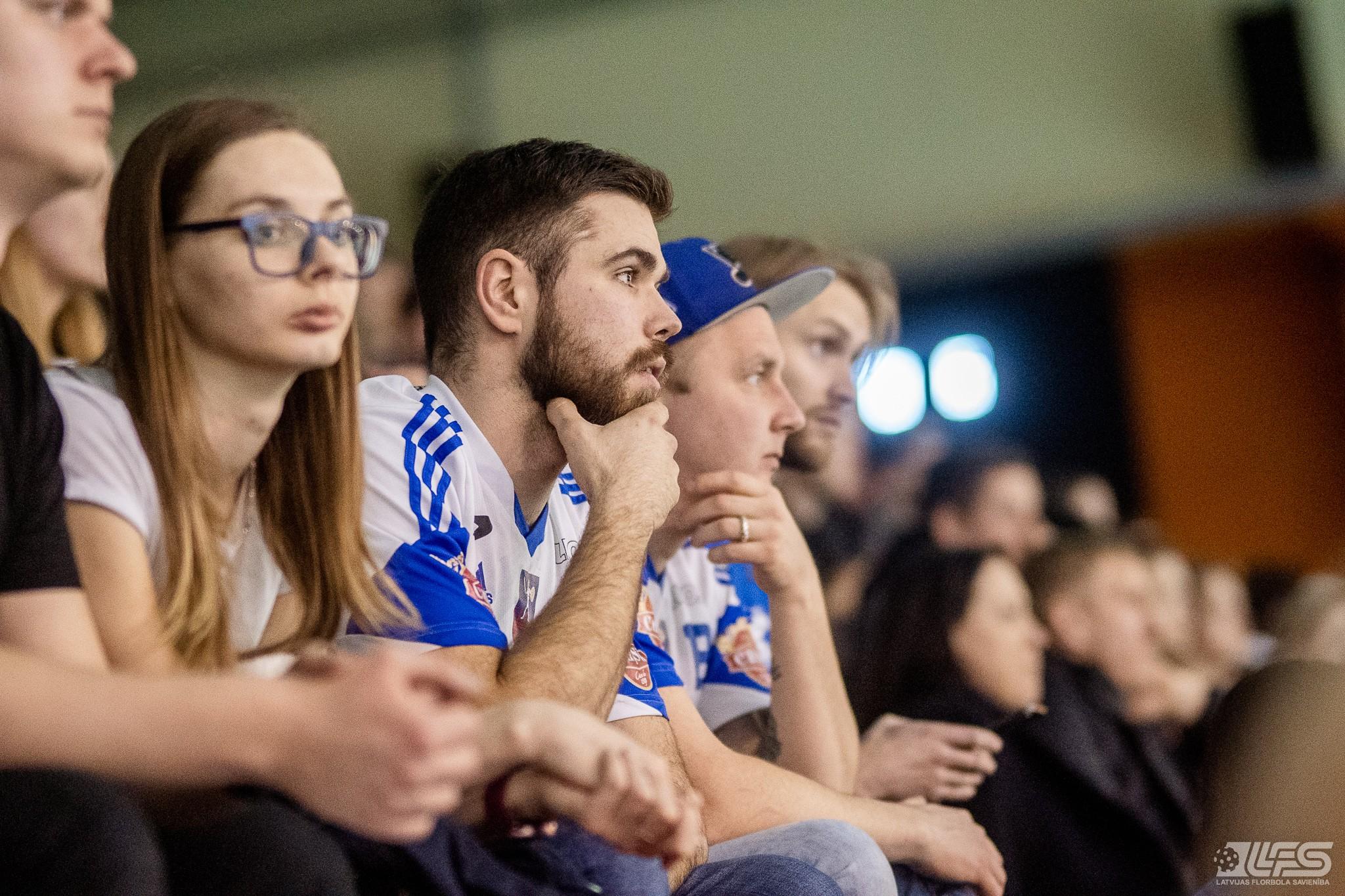 """""""Lekrings"""" uzvar Valmierā un sērijā izvirzās vadībā"""