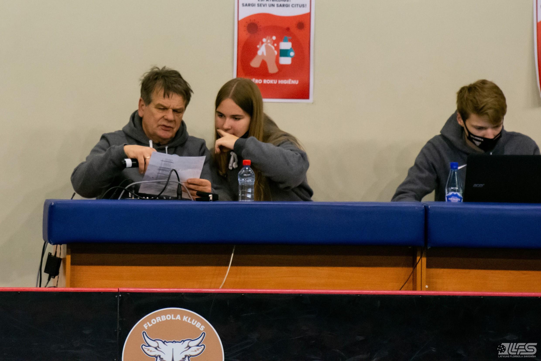 """""""Valmiera"""" aptur ambiciozos debitantus"""