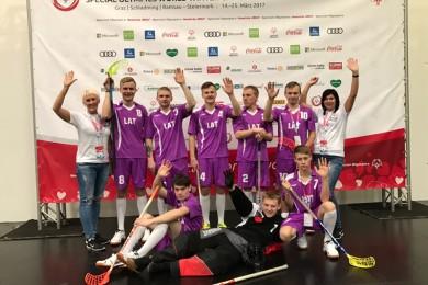 komanda_austrijaa.jpg
